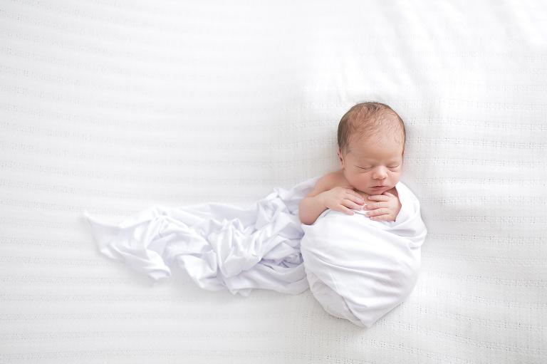 Quad Cities Newborn Photographer   Amanda Oakes Photography   www.amandaoakesphotography.com
